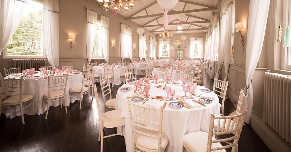 Mulberry-is-a-light-and-generous-space-to-enjoy-your-wedding-reception-at-this-exquisite-London-wedding-venue