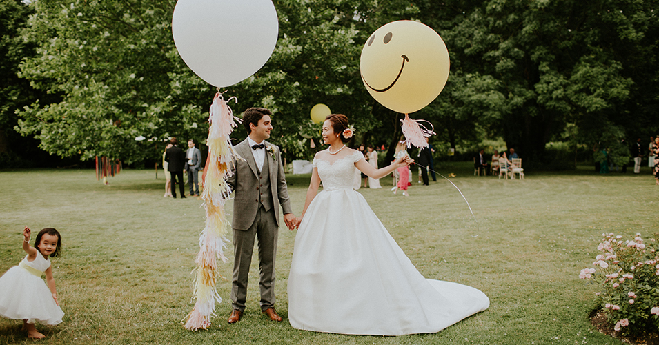 These wedding balloons are a great accessory for your outdoor wedding photos at Morden Hall